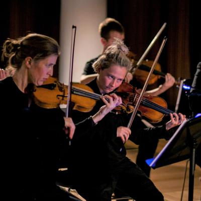 Challenging Performance: Classical Music Performance Norms and How to Escape Them