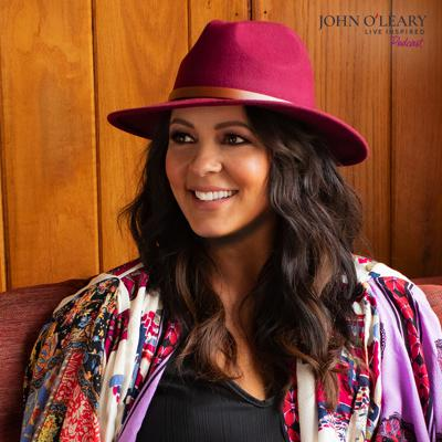 Cover art for Country Star Sara Evans: Born to Fly (ep. 292)